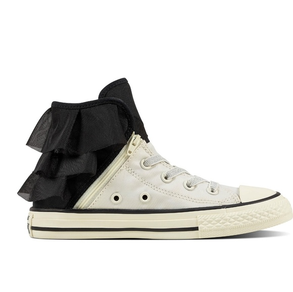 Converse Chuck Taylor All Star Ruffle Block Party NWT